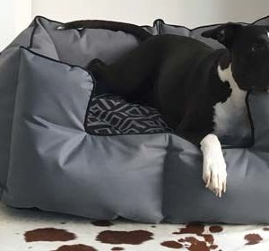 Wagworld K9 Castle Bed
